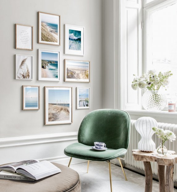 Gallery Wall in Scandinavian design with nature motifs