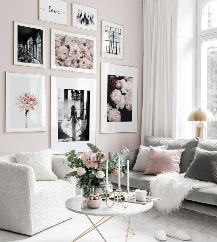 Posters & prints in green interior